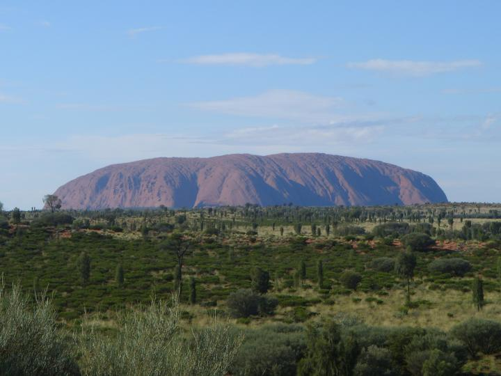 艾尔斯岩石--1亿年前宇宙赐予地球的礼物.澳洲人的